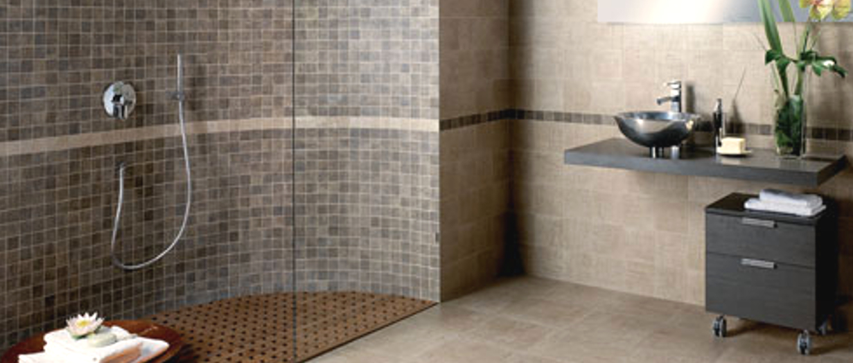 Attractive Tiled Bathroom