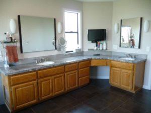 P White Bath vanity