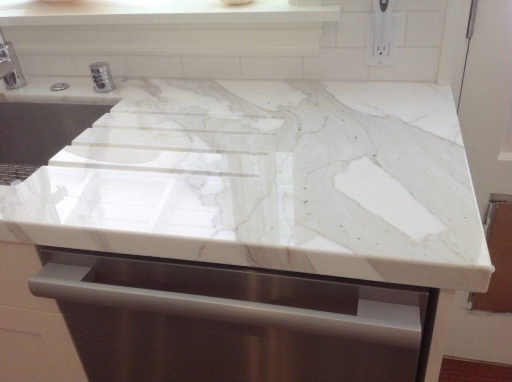 Calacatta marble drainboard