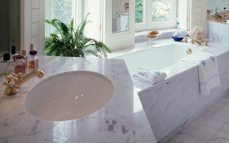 H Bath Slab Tub Surface