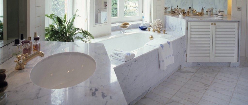 Marble-shower-and-tub